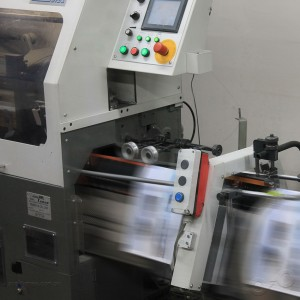 Our offset machines can turn on quickly big quantities with Quality